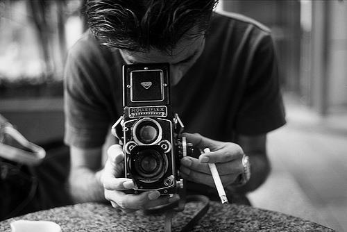 peopletumblrcameraphotographyphotgrapherguy-488d964c41f41ef7fd5d35e5ddfd81c4_h
