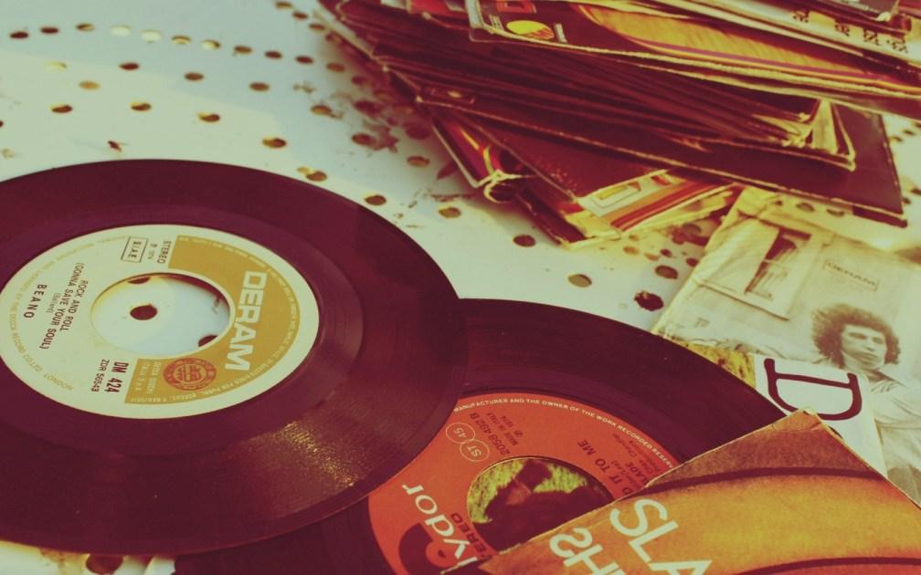 cd-classic-dream-hd-wallpaper-photovintage-record-vinyl